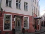 Suur Karja 2, Tallinn. Teostatud kogu hoone restaureerimine alates vundamentide kindlustamisest lõpetades viimistlusega. 2008a. parimaks tunnistatud restaureeritud objekt Tallinna vanalinnas.